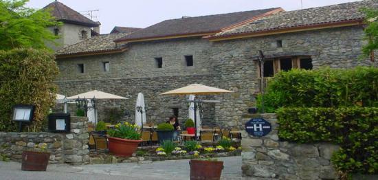 yvoire-vieux-logis-2.jpg