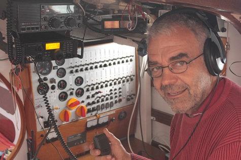 Balbu voilier de roger fawer a la radio